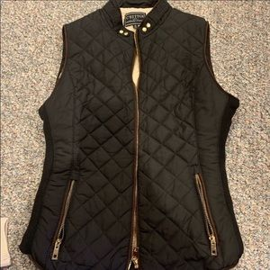 C'Esttoi Blue Quilted Zip Vest